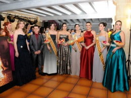 Reina y damas de les fogueres 2013 - Foto INSTANTS FOTOGAFIA