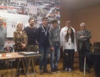 Andrés Daza junto a sus compañeros del Club Escacs Xàbia