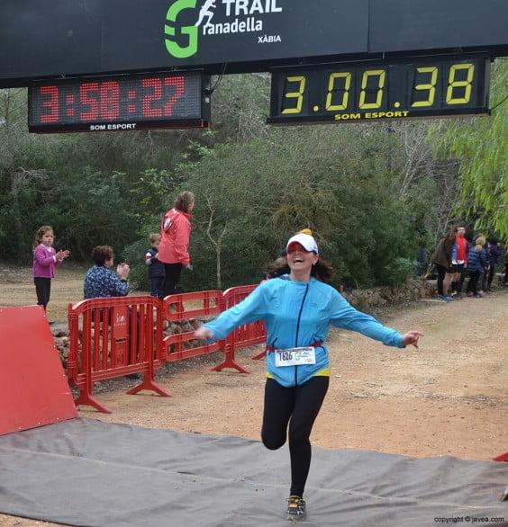 Llegada a la meta de la granadella Trail Jávea 2014