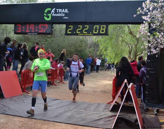 Los corredores llegando a meta