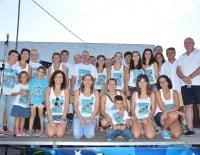Festeros y festeras de las fiestas del Portitxol de Xàbia junto a José Chulvi y Juan Ortolá