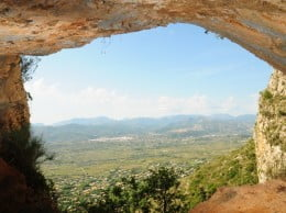 Cova del Barranc del Migdia. Sala de les pintures