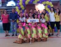 José Chulvi con la gimnastas del C. Gimnasia Xàbia