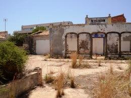 Edificación Villa Sarita abandonada en 1990