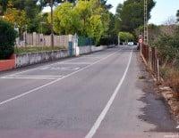 El camí Cabanes en su inicio desde la calle Haya viniendo desde el Arenal