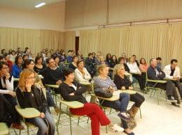 Una de las conferencias de la Escola de Pares del pasado curso
