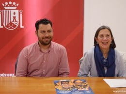 Empar Bolufer y Joan Buigues presentaron el Xábia Folk