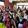 Niños participando en un cuentacuentos