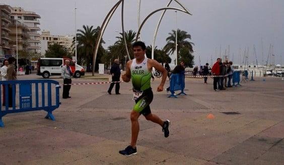 Toni Soler en el Triatlón de la Playa de Gandía
