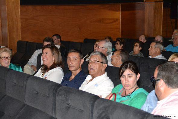Ana Kringe con sus compañeros del PP de Dénia