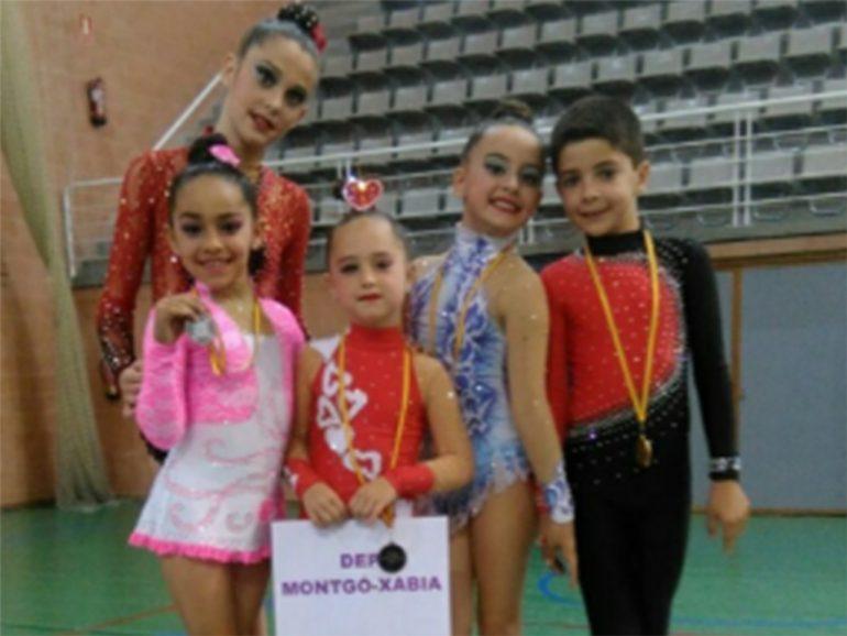 Gimnastas del Club Deportivo Montgó Xàbia