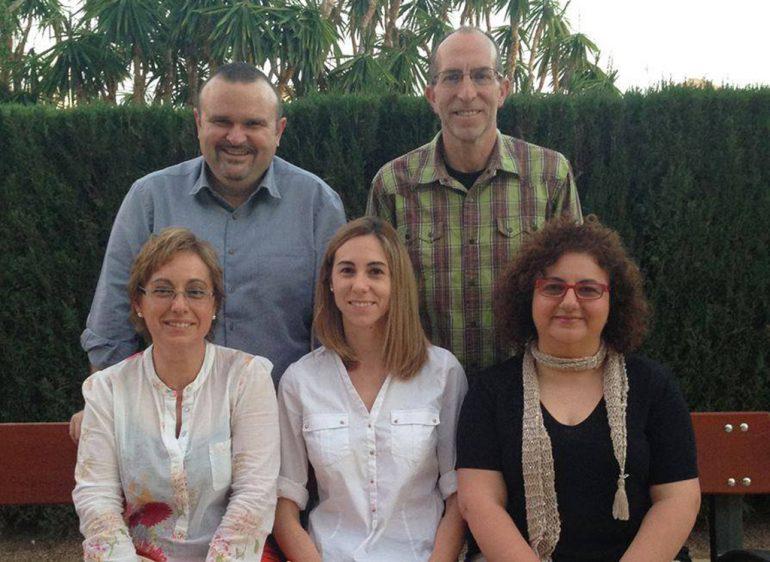 Vicent Colomer con miembros de la lista Compromís per Xàbia