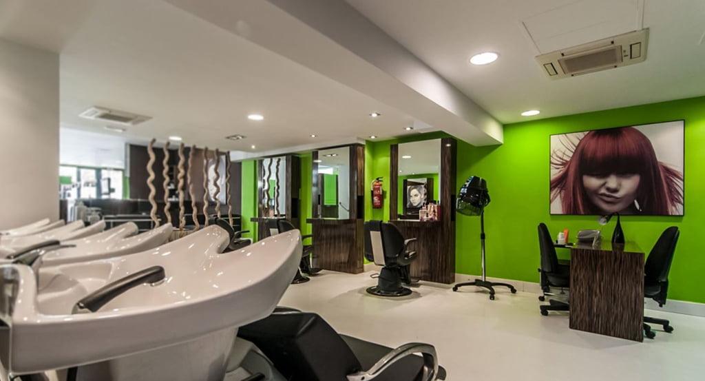 Salon de belleza charlie o j x for Spa y salon de belleza