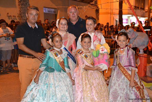 El alcalde, con Ortolá y los cargos infantiles