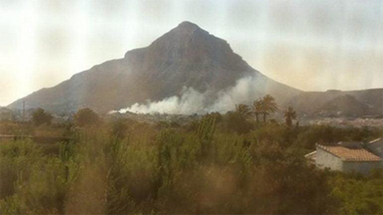 Incendio de un pinar en Jávea