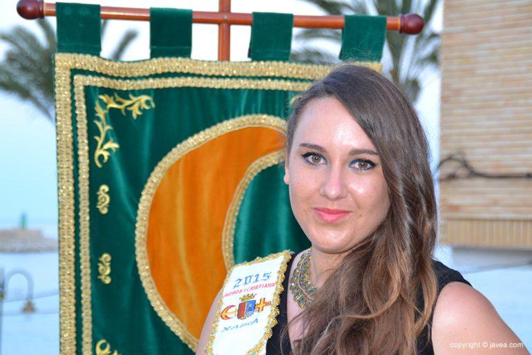 Noelia Vives Segarra abanderada mora 2015