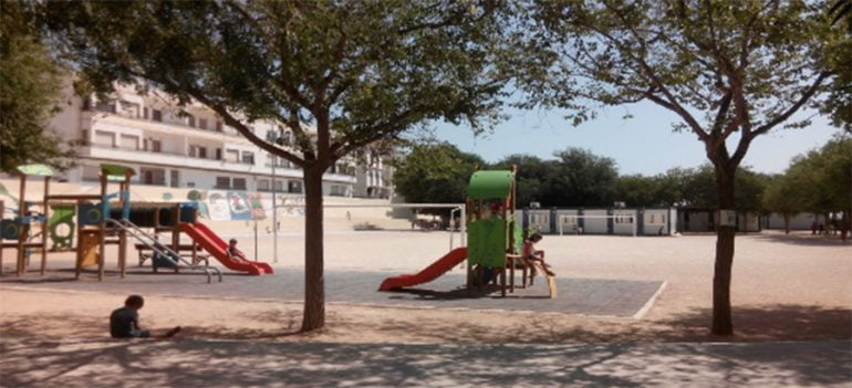 Parque infantil del colegio graüll de Jávea