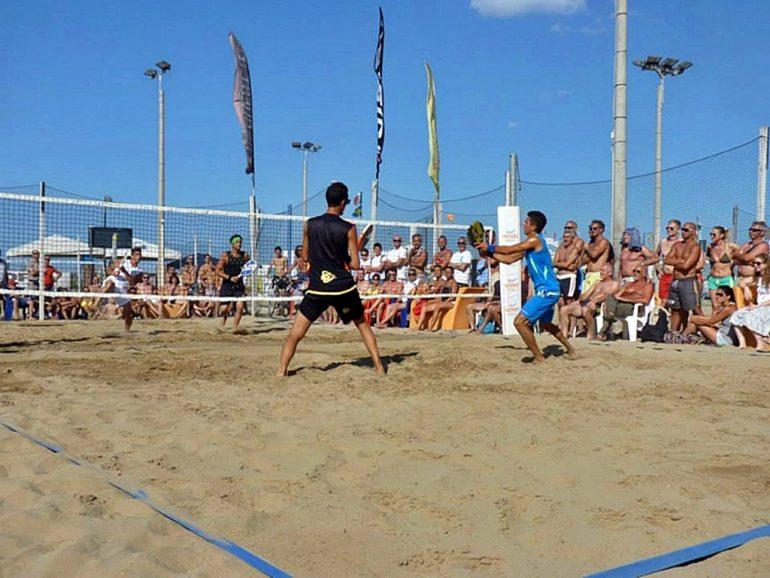 Partido de Beach Tennis