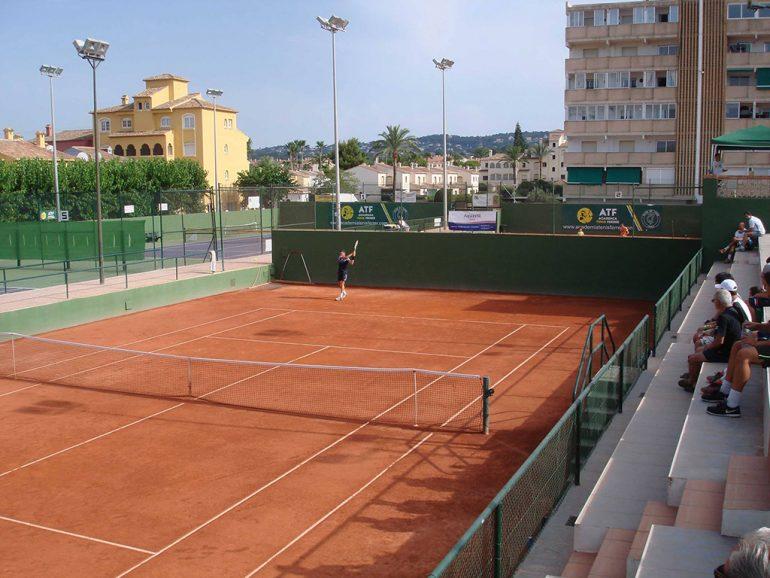 Pista central del Club Tenis Jávea