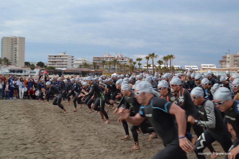 Salida segmento natación distancia Olímpica