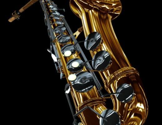 Saxofón alto para tocar en sesión de jazz