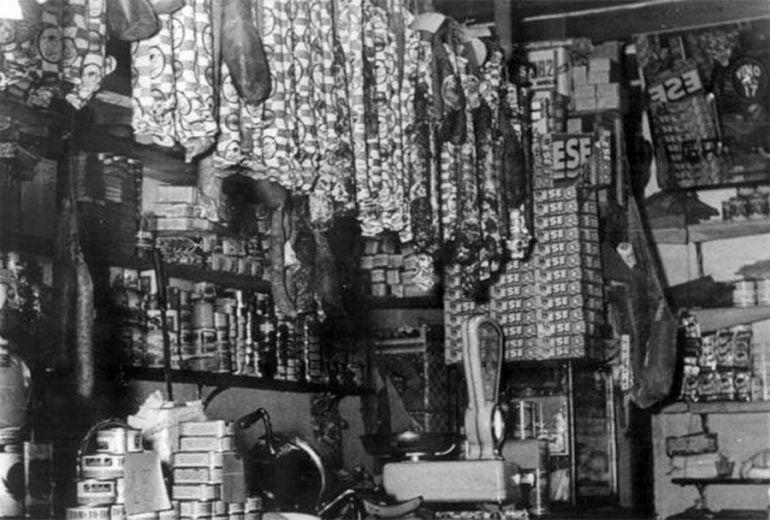 Tienda de Rosendo en 1958 en la calle Sant Bonaventura