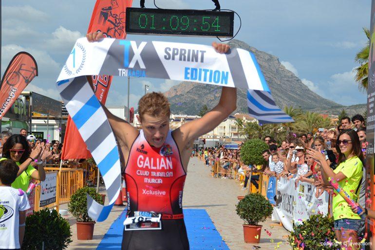 Arturo Galian ganador del Triatlón Sprint