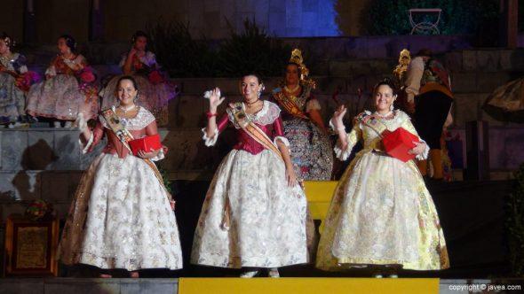 Lucía Català y sus damas en la presentación de Dénia