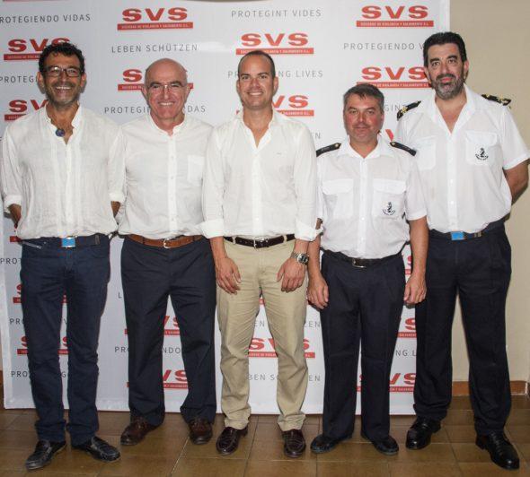 Tripulantes de Salvamar Levante con Antonio Padial y Eusebi Miñana