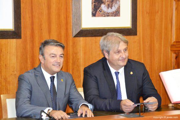 Chulvi y Moragues en el ayuntamiento