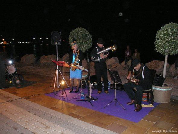 Música en las calles de Duanes