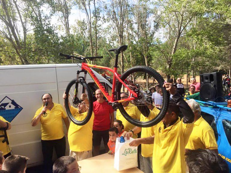 Sorteo de una bicicleta en el Parque Pinosol