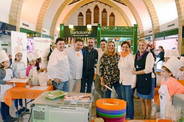 Alberto Ferruz con el equipo de Sabor de Sal