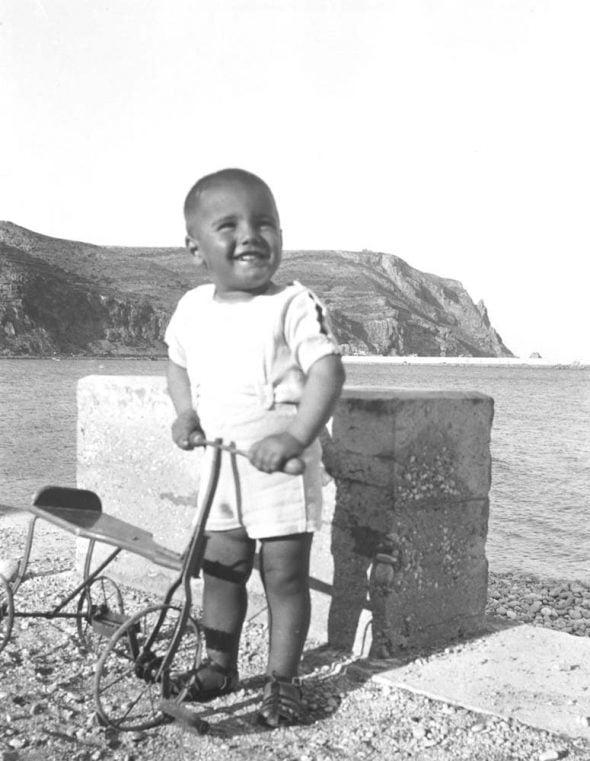 Niño de la foto donada por Benavent