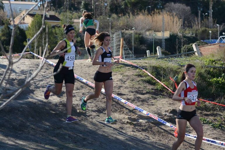 Carmen Bolufer en un cross