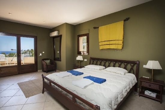 Dormitorio 1 Casa Good Aguila Rent a Villa