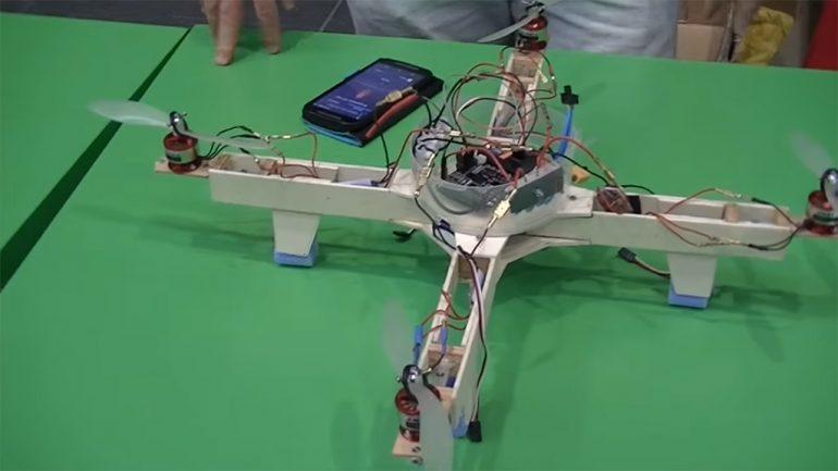 Dron construidos por alumnos