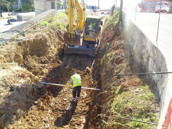 Obras de encauzamiento en la cuesta de San Antonio