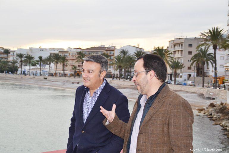 Chulvi dialogando con López