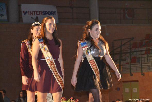 Reina y Damas Fogueres 2015