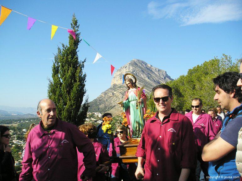 Santa Llúcia en procesión