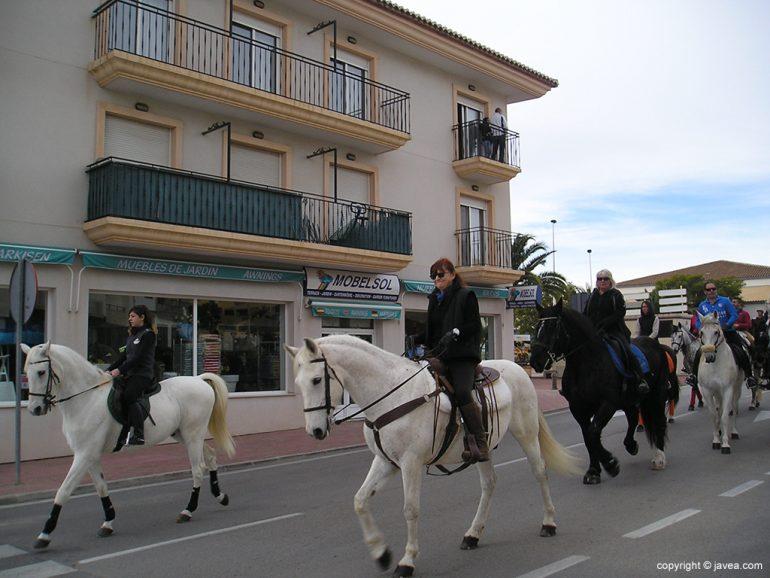 Desfile ecuestre para celebrar el Día de San Antón