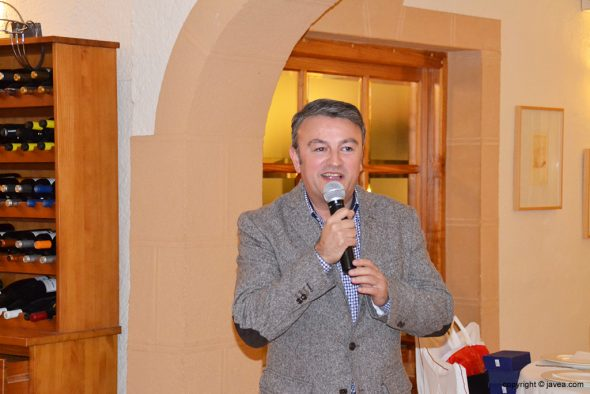 José Chulvi dando su discurso