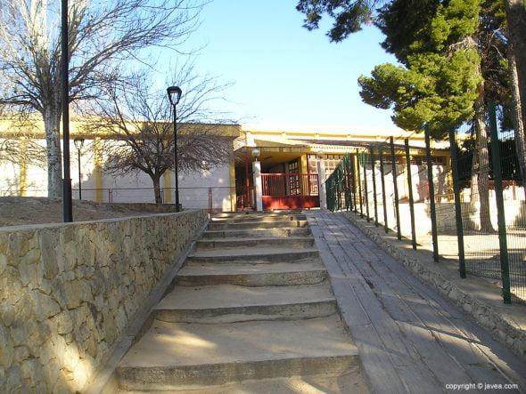 Acceso al IES Antoni Llidó desde el Parque Montaner