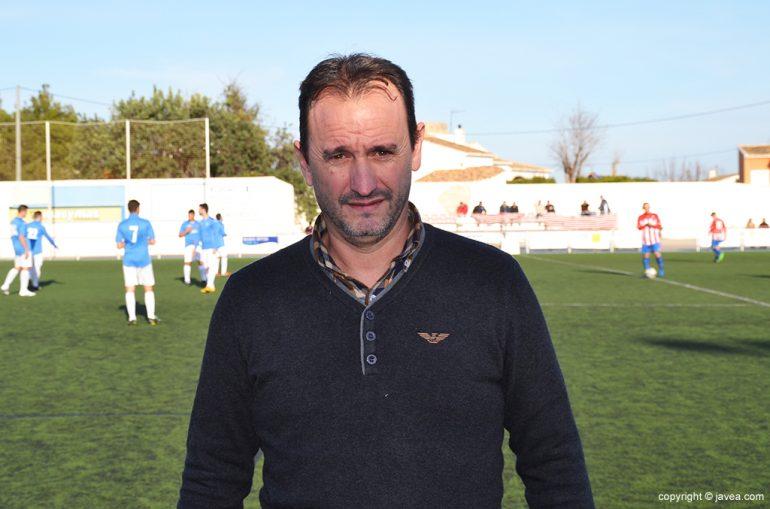 Juanjo Cháfer ante del choque ante la UD Alginet