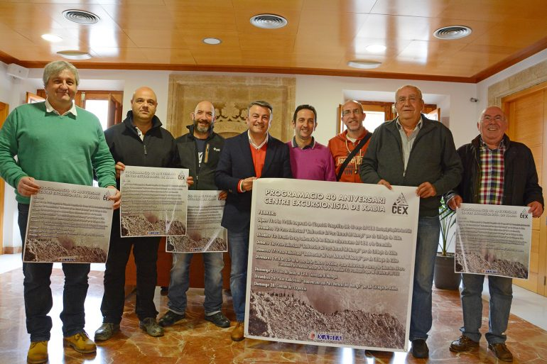 Miembros del CEX en el ayuntamiento de Xàbia
