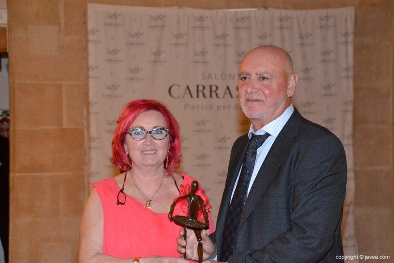 Ximo Carrasco con su premio