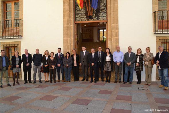 Puig con los concejales de Xàbia
