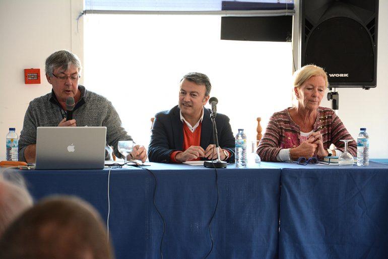 Chulvi y Courcelles en la asamblea de propietarios del Montgó