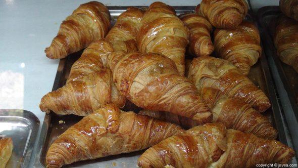 Croissants Cafeteria L'Encant